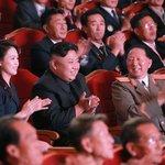 Severokorejský vládnoucí pár na slavnostním večeru oslavující test vodíkové pumy v září 2017.