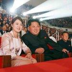Kim Čong-un s manželkou Ri Sol-ču v říjnu 2015 při oslavách 70. let od založení Korejské strany práce.