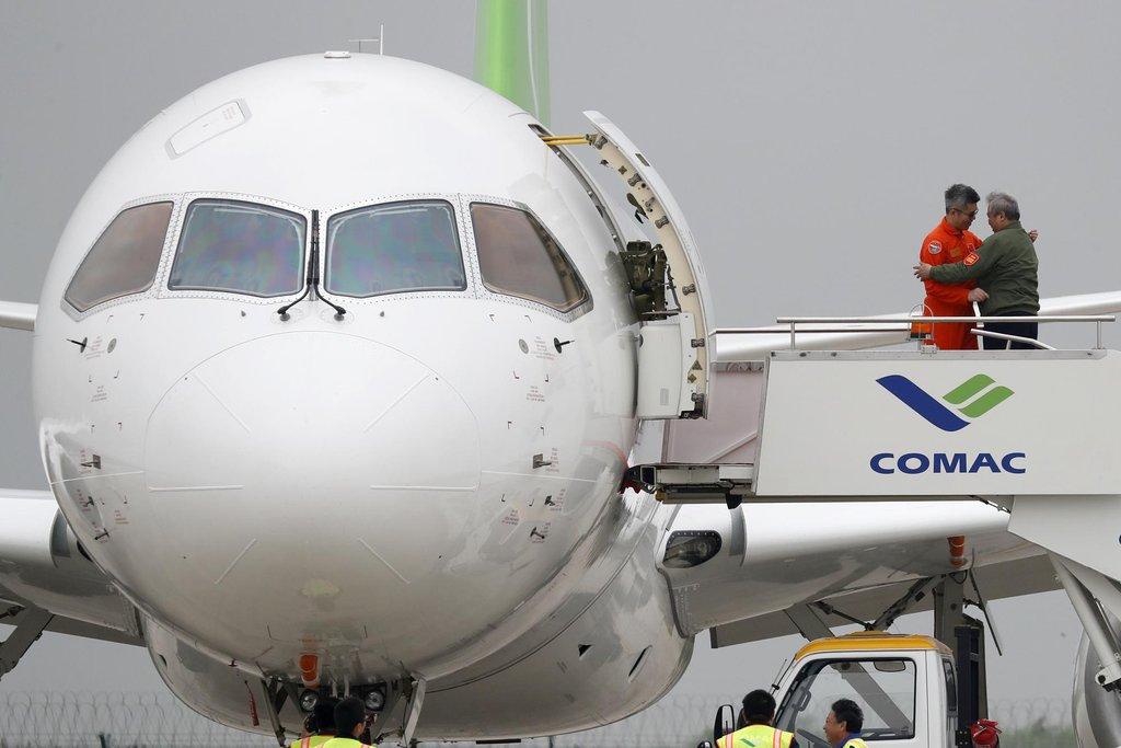 Původně byl první let naplánován na rok 2014. Kvůli problémům při výrobě byl odložen.