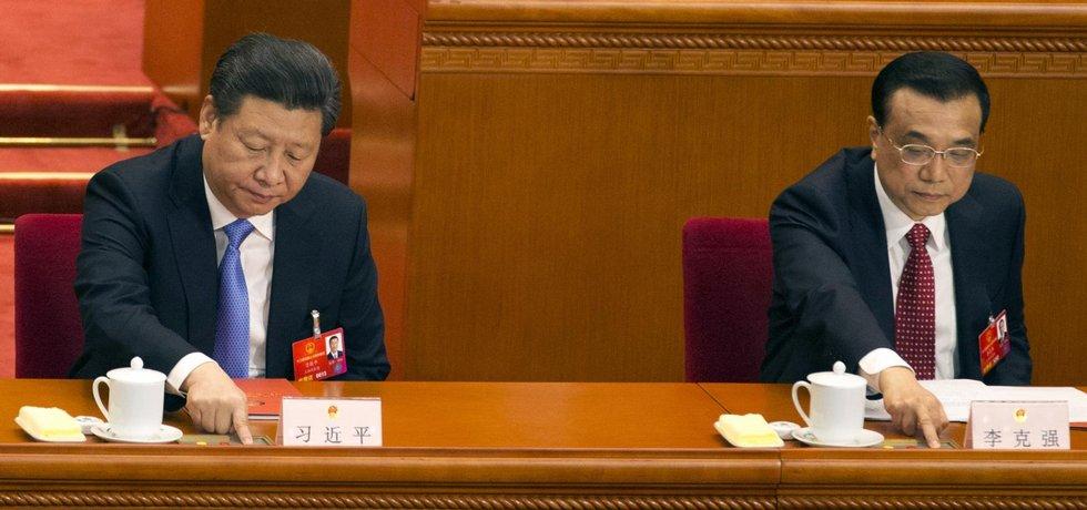 Čínský prezident Si Ťin-pching a premiér Li Kche-čchiang