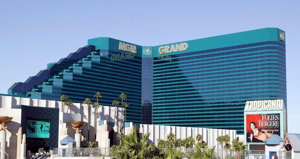 3. MGM Grand + The Signature (Las Vegas, USA) - 6 852 pokojů