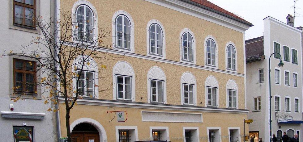 rodný dům Adolfa Hitlera v hornorakouském městečku Braunau am Inn