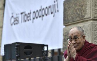 Dalajlama během své návštěvy v praze, ilustrační foto