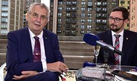 Miloš Zeman s hradním mluvčím Jiřím Ovčáčkem