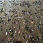 Klimatem jsou ohrožené i některé části USA. Takto vypadalo New Orleans v roce 2005 po hurikánu Katrina.