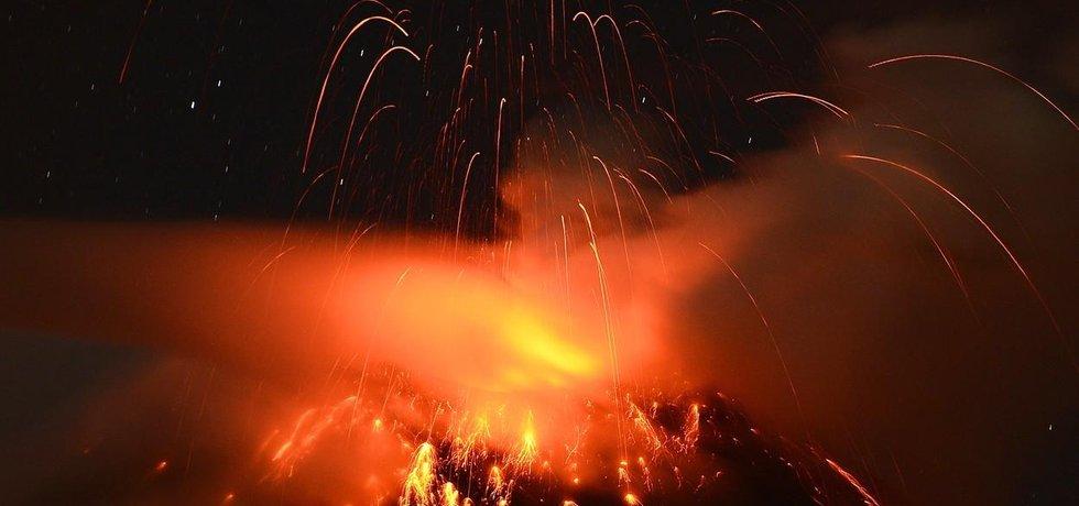 Sopečná erupce - ilustrační foto
