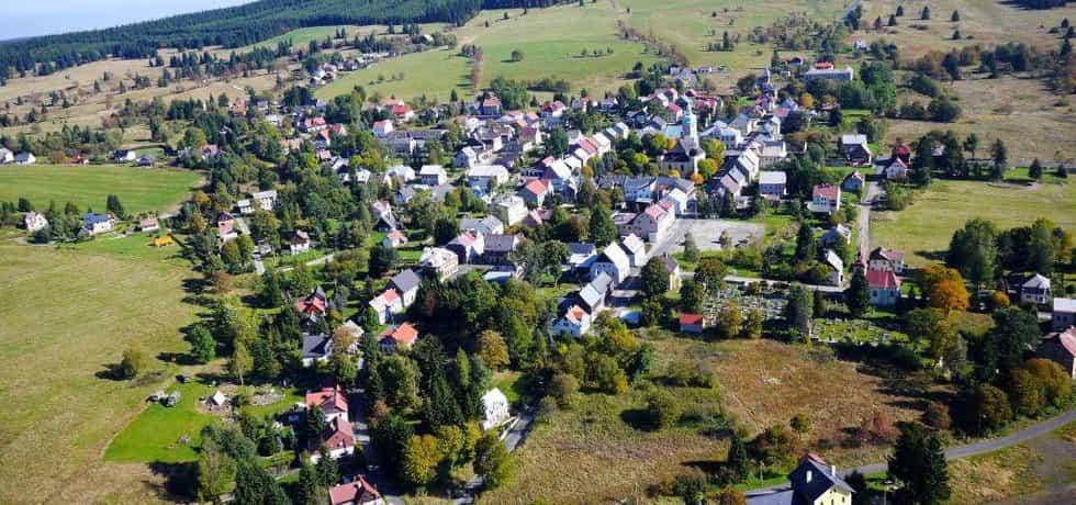 Horní Blatná je místem s nejvyšším podílem obyvatel v exekuci v Česku