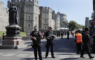 Přísná bezpečnostní opatření při královské svatbě, ilustrační foto