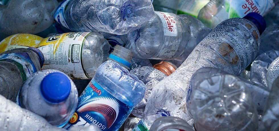 Plastové lahve - ilustrační foto