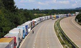 Fronta kamionů - ilustrační foto