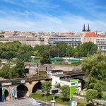 Praha má zájem o pozemky pod Negrelliho viaduktem