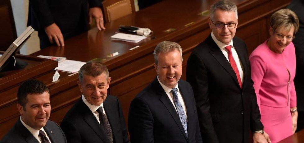 Hlasování o důvěře vládě Andreje Babiše, ilustrační foto