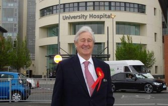 Britský poslanec Geoffrey Robinson