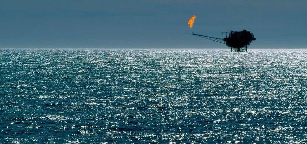 Těžba plynu na moři
