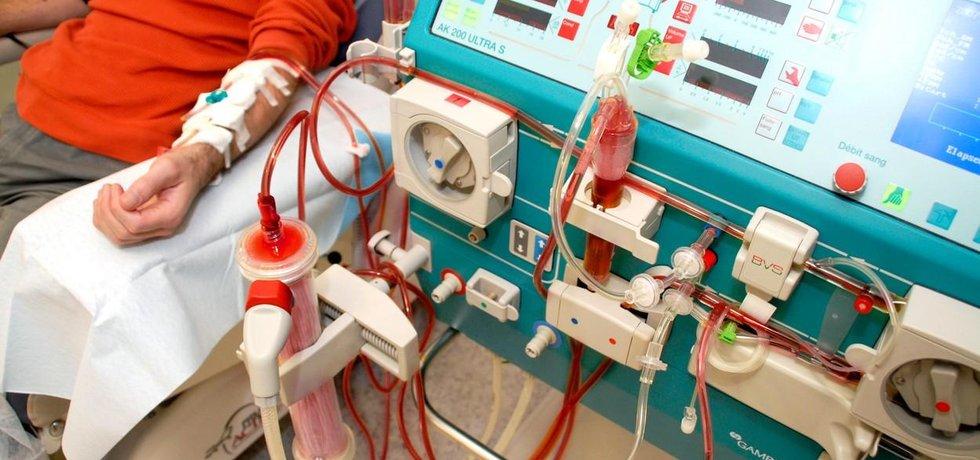 dialyzační souprava, ilustrační foto