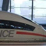 ICE na náídraží v hlavním městě Německa