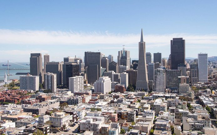 Pohled na centrum San Franciska (Autor: Supercarwaar via Wikimedia Commons; CC-BY-SA-4.0)