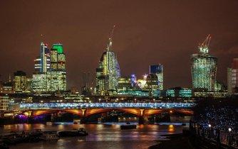 Londýnské City, sídlo mnoha bank.