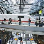 Německo, Berlín, Hlavní nádraží.