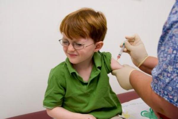 injekce, očkování, vakcína
