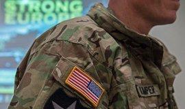 Kritika přítomnosti vojáků USA v Německu sílí. Přesunou se Američané do Polska?