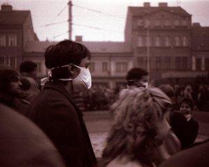 Protest proti znečištěnému ovzduší v Teplicích v roce 1989