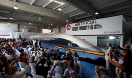 Představení kapsle pro pasažéry společnosti Hyperloop TT.