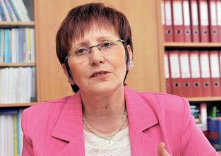 Prof. PhDr. Valérie Tóthová, Ph. D.
