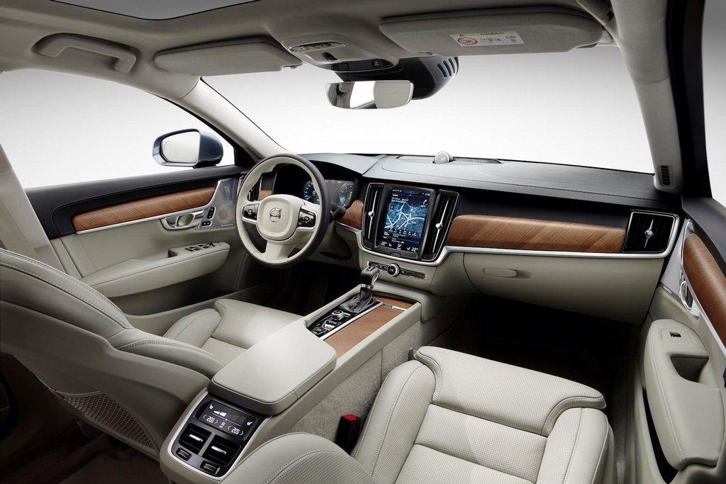 Nové Volvo V90
