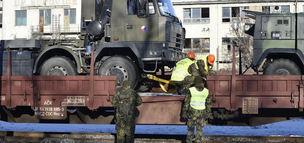 Čeští vojáci se připravují na odjezd na cvičení do Litvy
