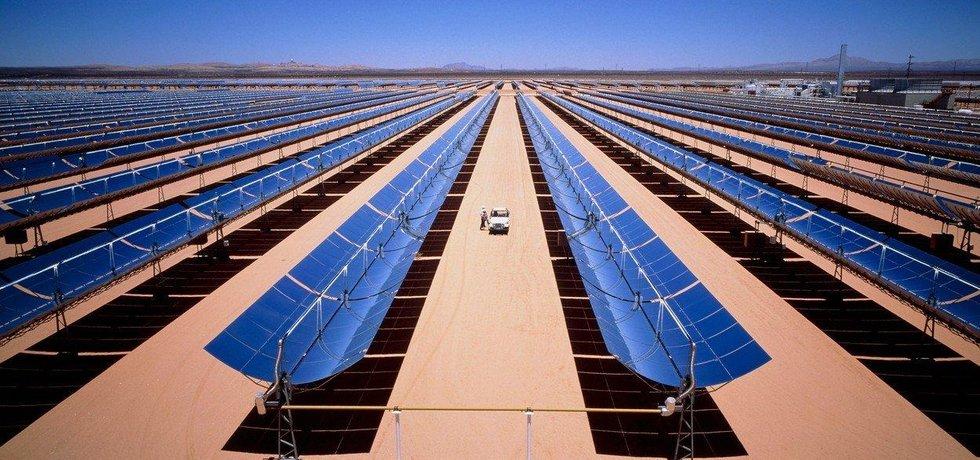 Solární elektrárna, ilustrační foto