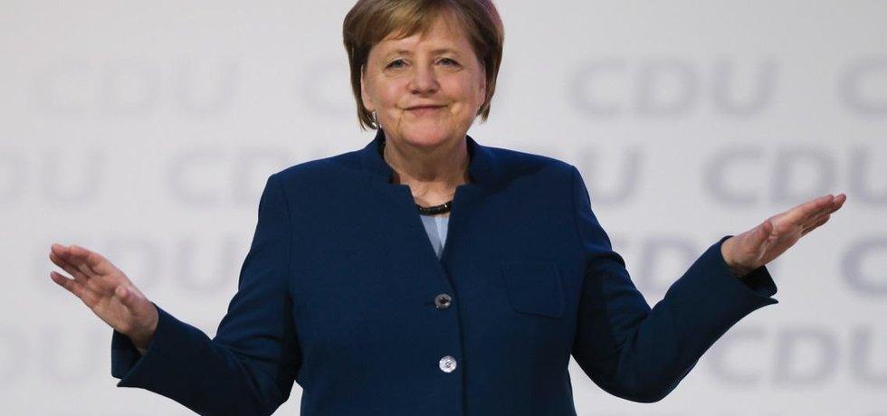 Angela Merkelová ve svém posledním projevu ve funkci předsedkyně CDU varovala před nejednotou