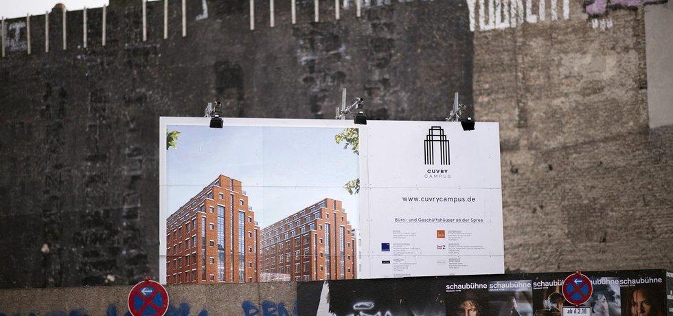 Nová berlínská zeď. Radnice německého hlavního města chce ještě výrazněji odlišit příležitostné sdílení bytů od profesionálního podnikání na Airbnb. To hodlá prakticky vymýtit.