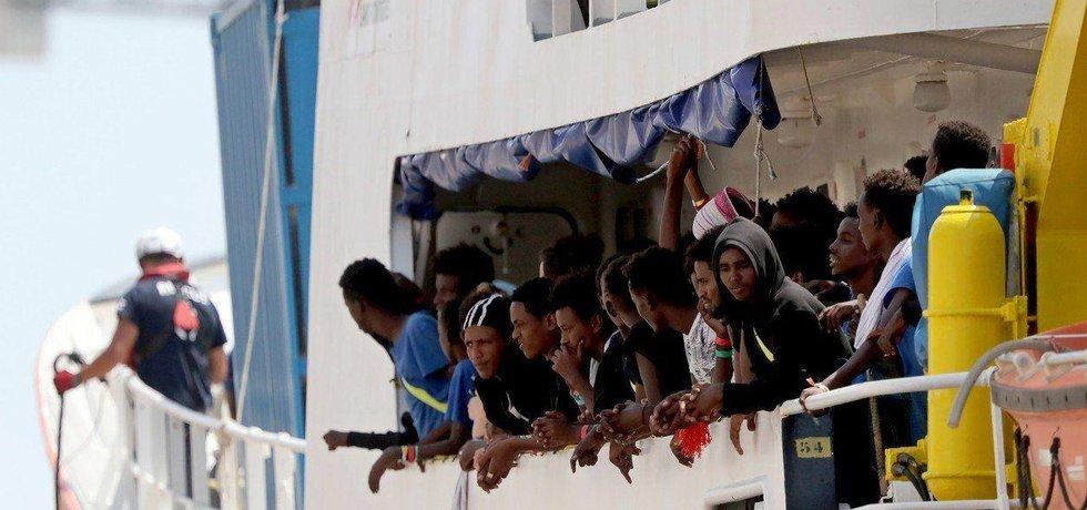 Uprchlíci na lodi Aquarius, ilustrační foto