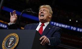 Šesti z deseti Američanů se nelíbí, jak Trump vykonává úřad prezidenta