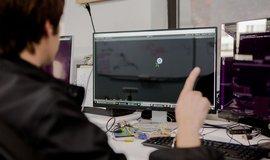 Facebook koupil firmu CTRL-labs, která vyvíjí ovládání přístrojů pomocí myšlenek