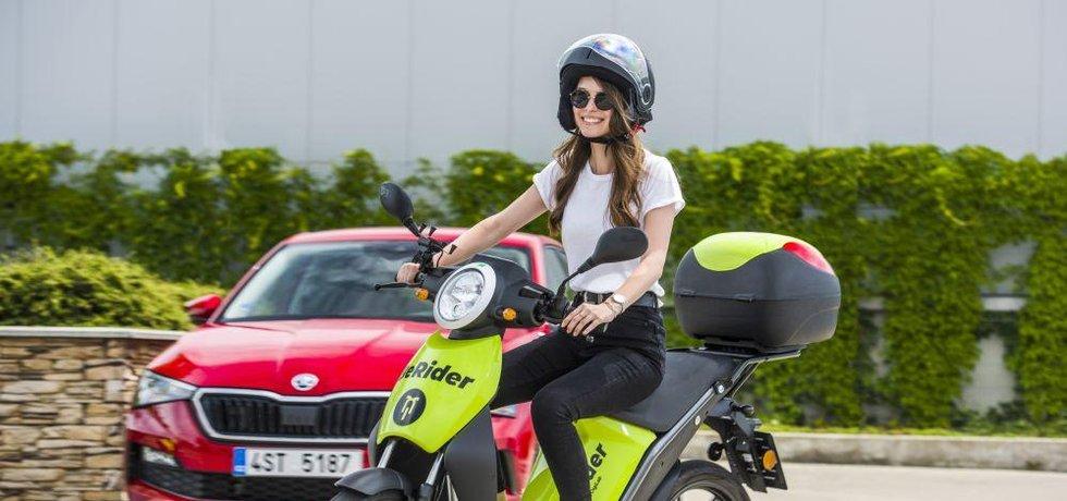 Škoda Auto DigiLab v Praze spustil službu sdílených elektrických skútrů