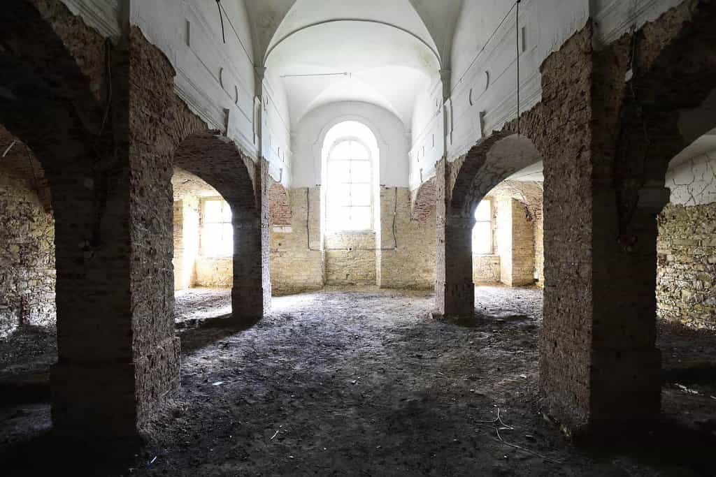 Interiér pražské Invalidovny. Do tendru, který požadoval 638 milionů korun, se nikdo nepřihlásil. (Zdroj: čtk)