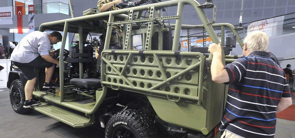 Taktické vozidlo Zetor Fox je na podvozku Mercedes