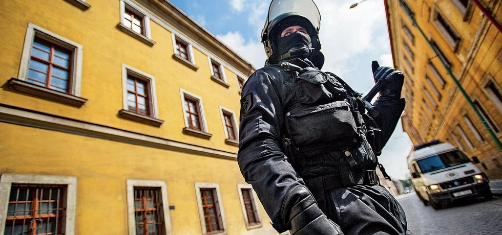 Policie ČR má armádu mluvčích
