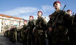 """Armáda má problém. Vojenská univerzita zlákala jen 348 """"prváků"""""""