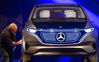 Mercedes-Benz - Daimler