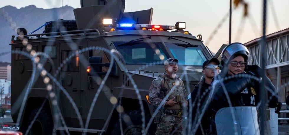Ochrana hranice USA s Mexikem. Ilustrační foto.