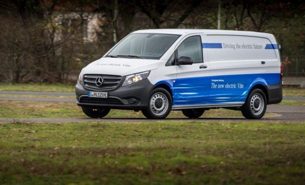 Automobilka Daimler přijímá objednávky na plně elektrickou dodávku eVito. Vyjde na více než milion korun.