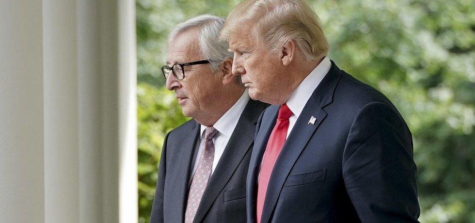 Předseda Evropské komise Jean-Claude Juncker a americký prezident Donald Trump
