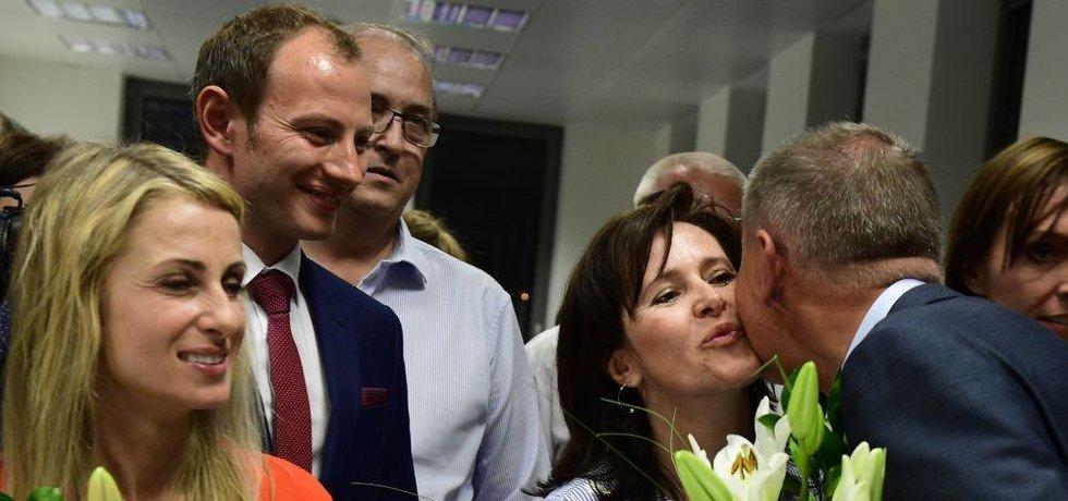 Europoslanci Dita Charanzová, Ondřej Knotek a Radka Maxová