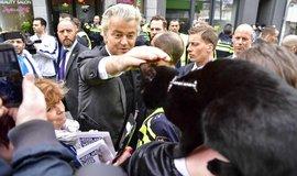 Geert Wilders během své kampaně před nadcházejícími parlamentními volbami v Nizozemsku