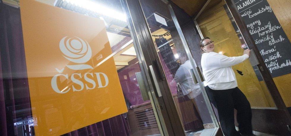 Jednání širšího vedení sociální demokracie v Hradci Králové