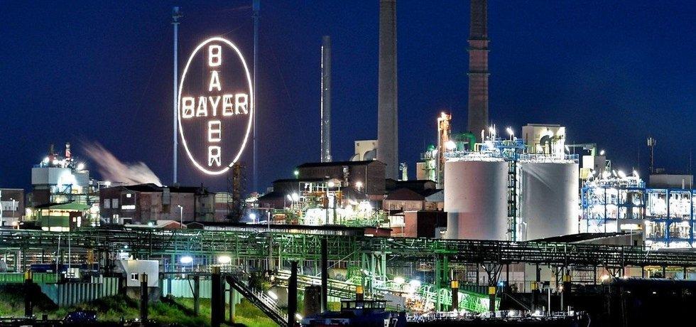 Továrna Bayer v Leverkusenu, ilustrační foto