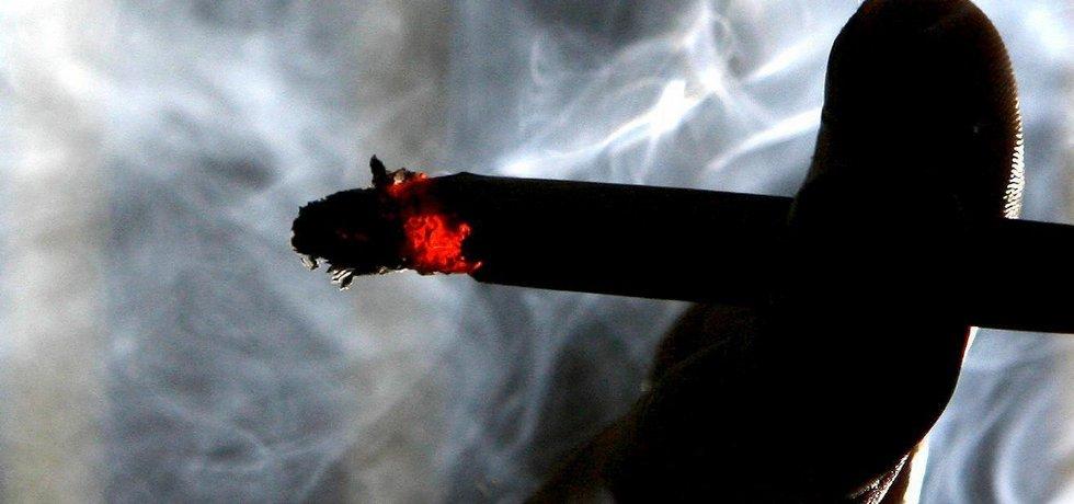 Cigareta, kouření.
